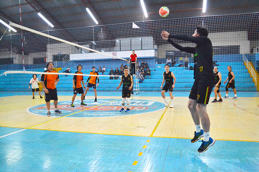 #Semprevolley e Zero Um conquistam 1º Torneio Municipal de Vôlei