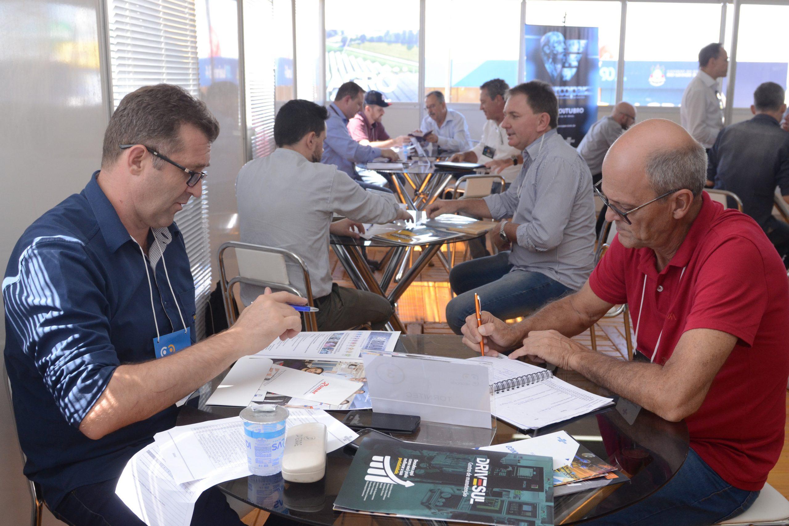 Área Internacional da Expodireto Cotrijal terá palestras e painéis com especialistas estrangeiros