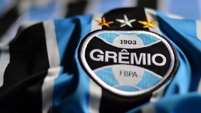 Grêmio ganha o primeiro jogo sem Renato e reassume ponta do Gaúcho