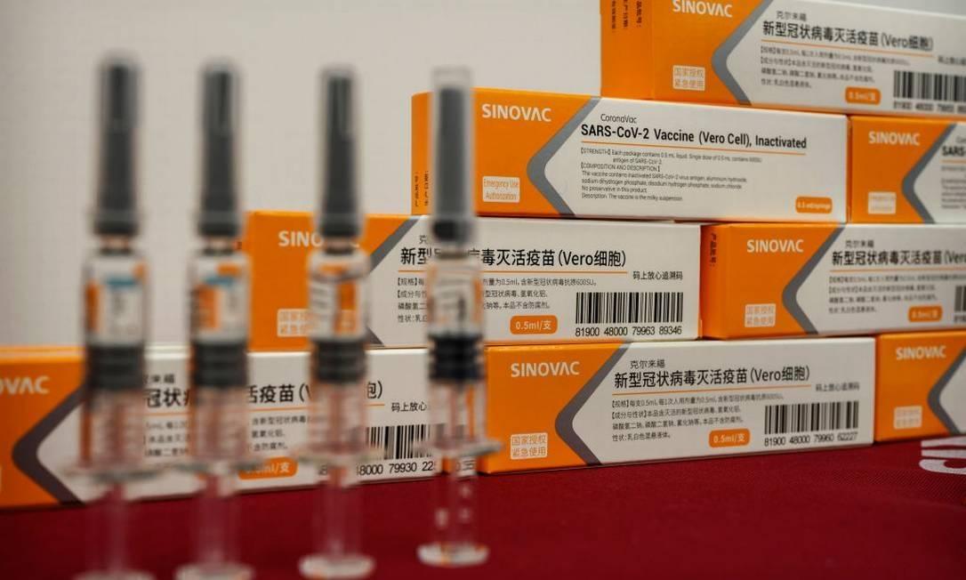 Anvisa rejeita uso da Coronavac em crianças e adolescentes