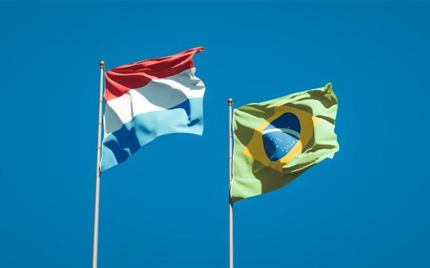 Mulheres têm papel essencial para manter cultura em colônias holandesas no Brasil