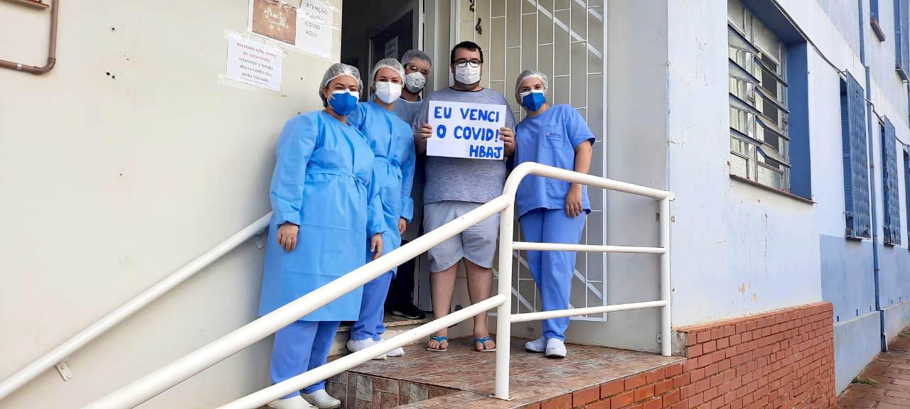 O sentimento de quem venceu a luta contra o vírus e viveu a internação na Ala Covid-19