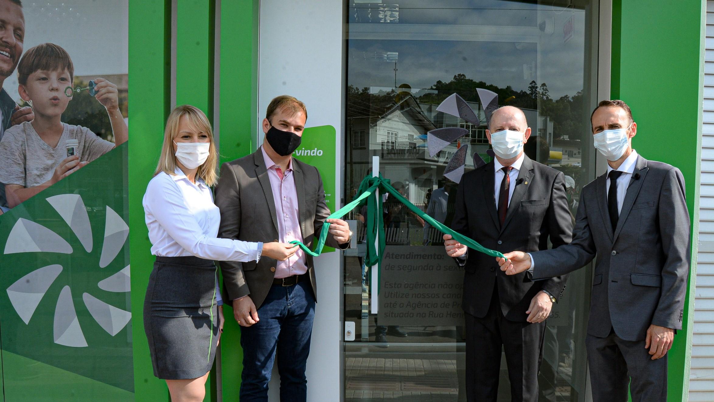 Sicredi Cooperação RS/SC inaugura agência em Ibirama/SC