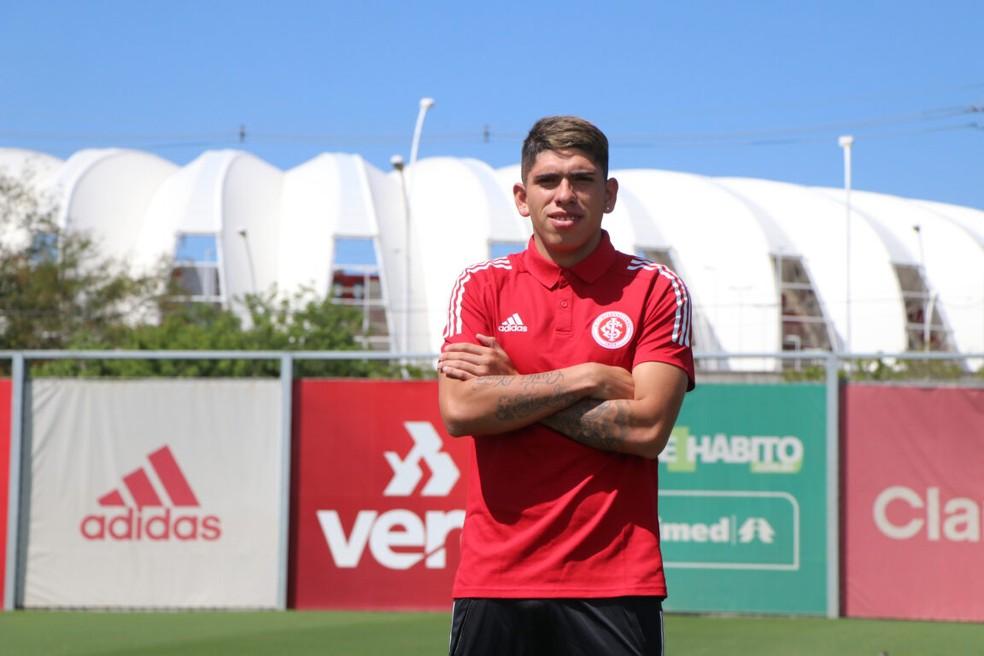 Carlos Palacios é do Internacional: confira tempo de contrato, valores e outros detalhes do acerto