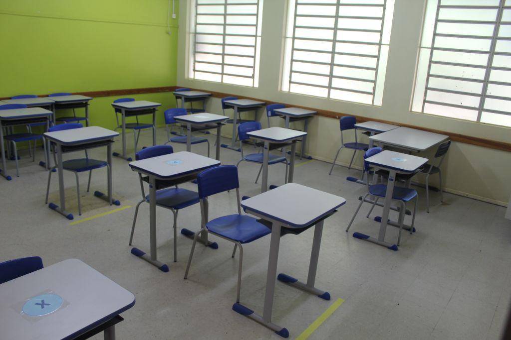 Escolas iniciam atividades presenciais em Victor Graeff