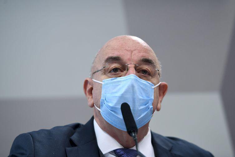 Osmar Terra diz que foi otimista em opiniões sobre a pandemia