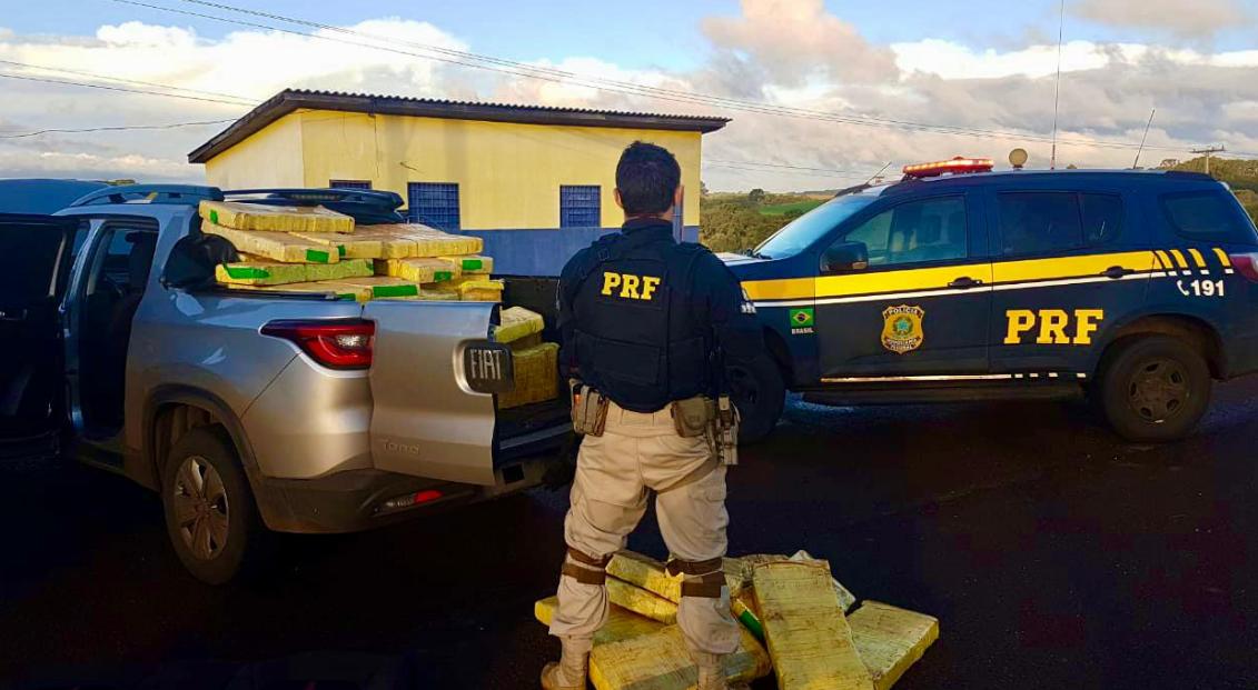 PRF prende traficante com mais de meia tonelada de maconha numa caminhonete clonada