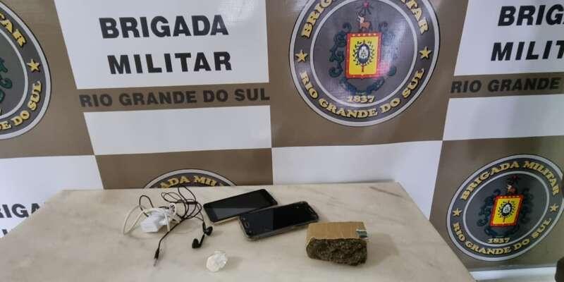 BM intercepta tentativa de arremesso de drogas e objetos para dentro do Presídio de Espumoso
