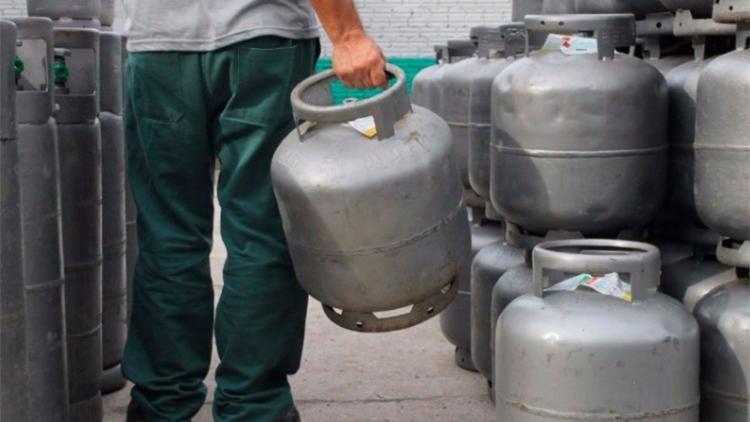 Gás de cozinha da Petrobras sobe quase 6% a partir de hoje