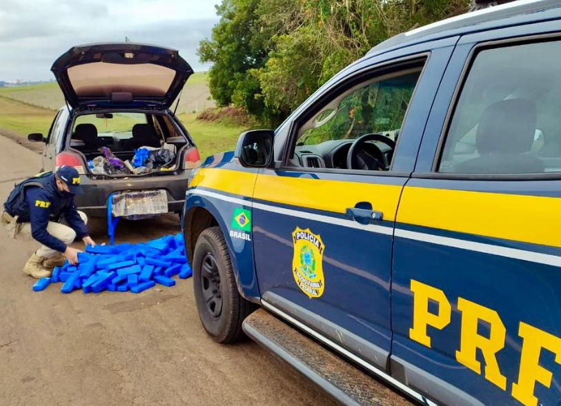 PRF prende traficante com mais de cem quilos de maconha na BR 386