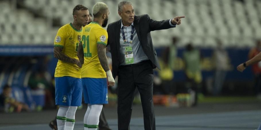 Após criticar organização da Copa América, Tite é multado pela Conmebol