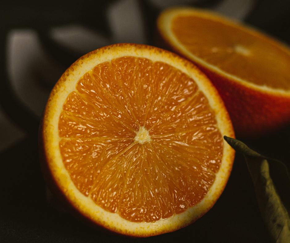 Julho é o mês da laranja bahia, côco seco e tangerina ponkan