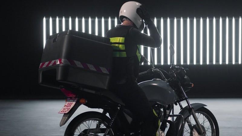 Campanha do DetranRS destaca importância dos motoboys na pandemia e pede reconhecimento a esses profissionais