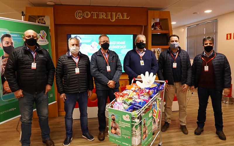 DIA C: Cotrijal lança campanha para promover a cooperação com doação de alimentos