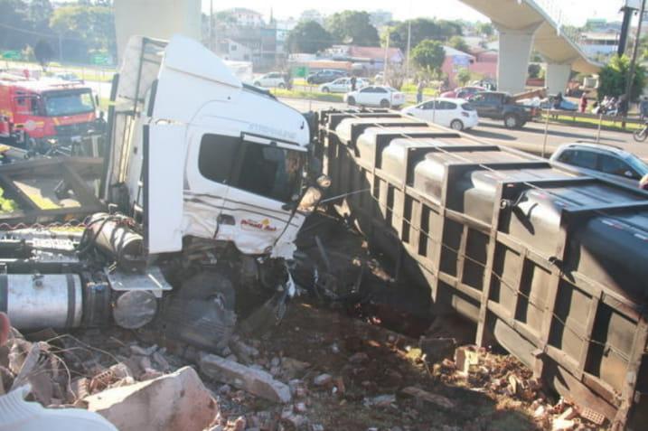 Carreta de Tio Hugo se envolve em acidente com morte na BR-386