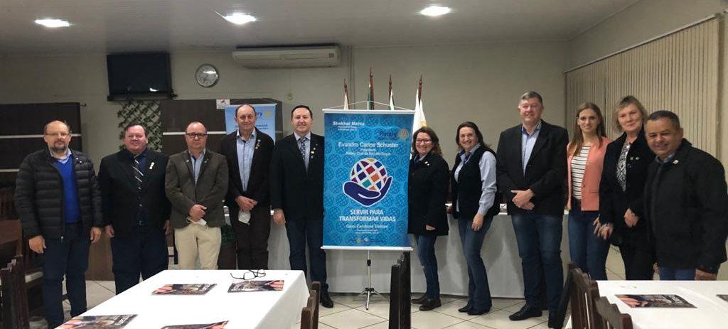Família Rotária de Não-Me-Toque empossa novas diretorias para a gestão 2021/22