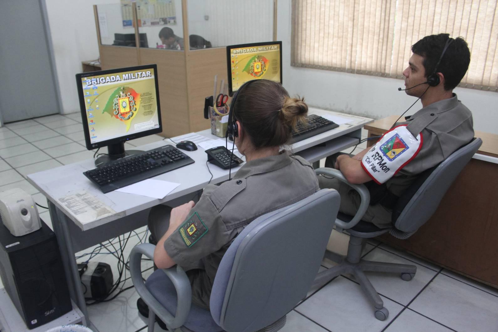 Soldado da Sala de Operações do 3° RPMon salva bebê engasgado via telefone 190