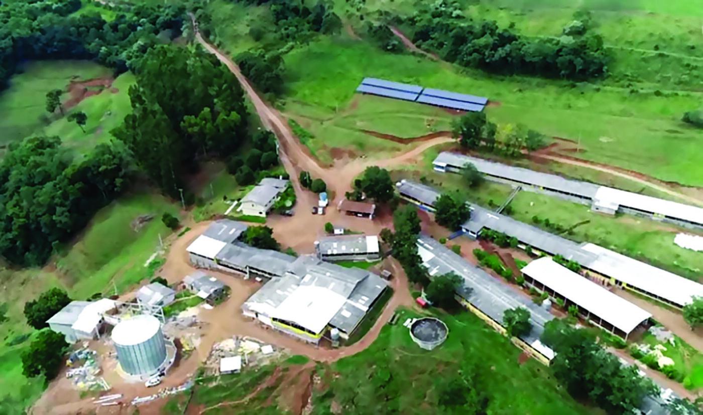 Uma fazenda inteira é tocada pelo sol no Rio Grande do Sul
