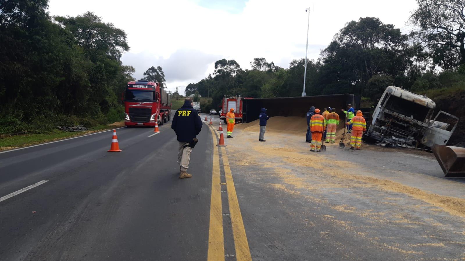 Duas pessoas morrem em acidente na BR-386 em Triunfo