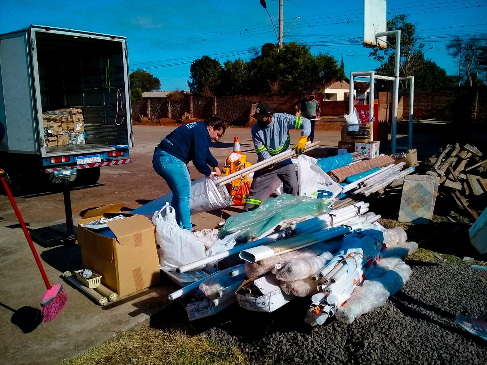 Mais de 7 mil lâmpadas foram recolhidas na campanha de reciclagem deste sábado