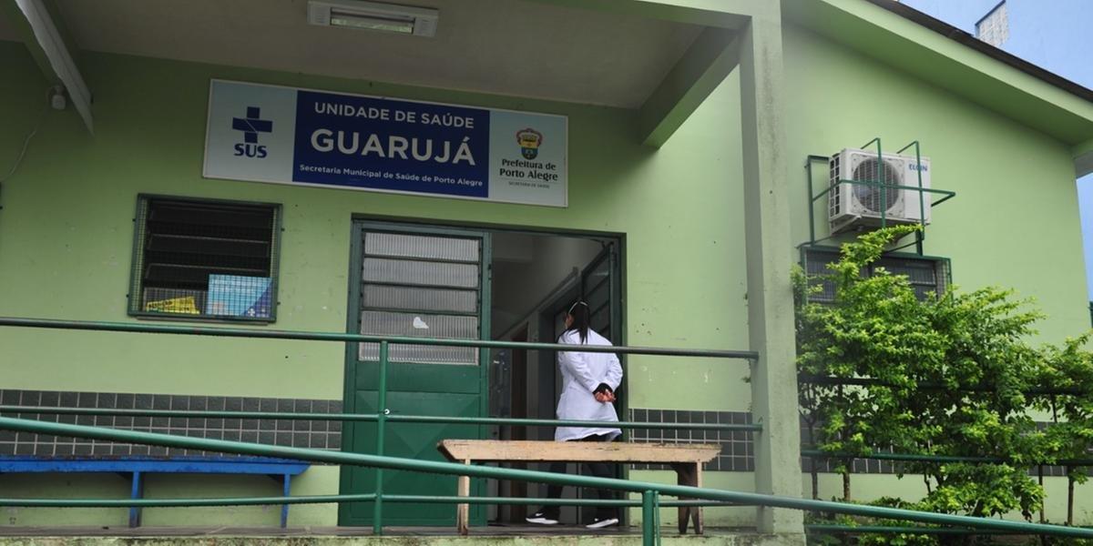 Profissionais são demitidos por fura-fila de vacina em Porto Alegre