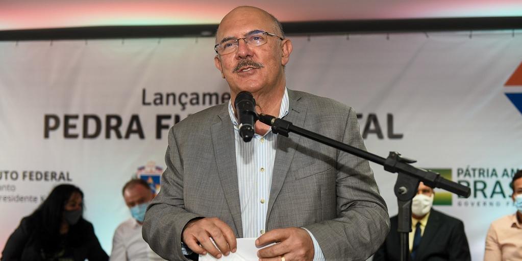 """""""Não queremos inclusivismo"""", diz ministro da Educação sobre crianças deficientes"""