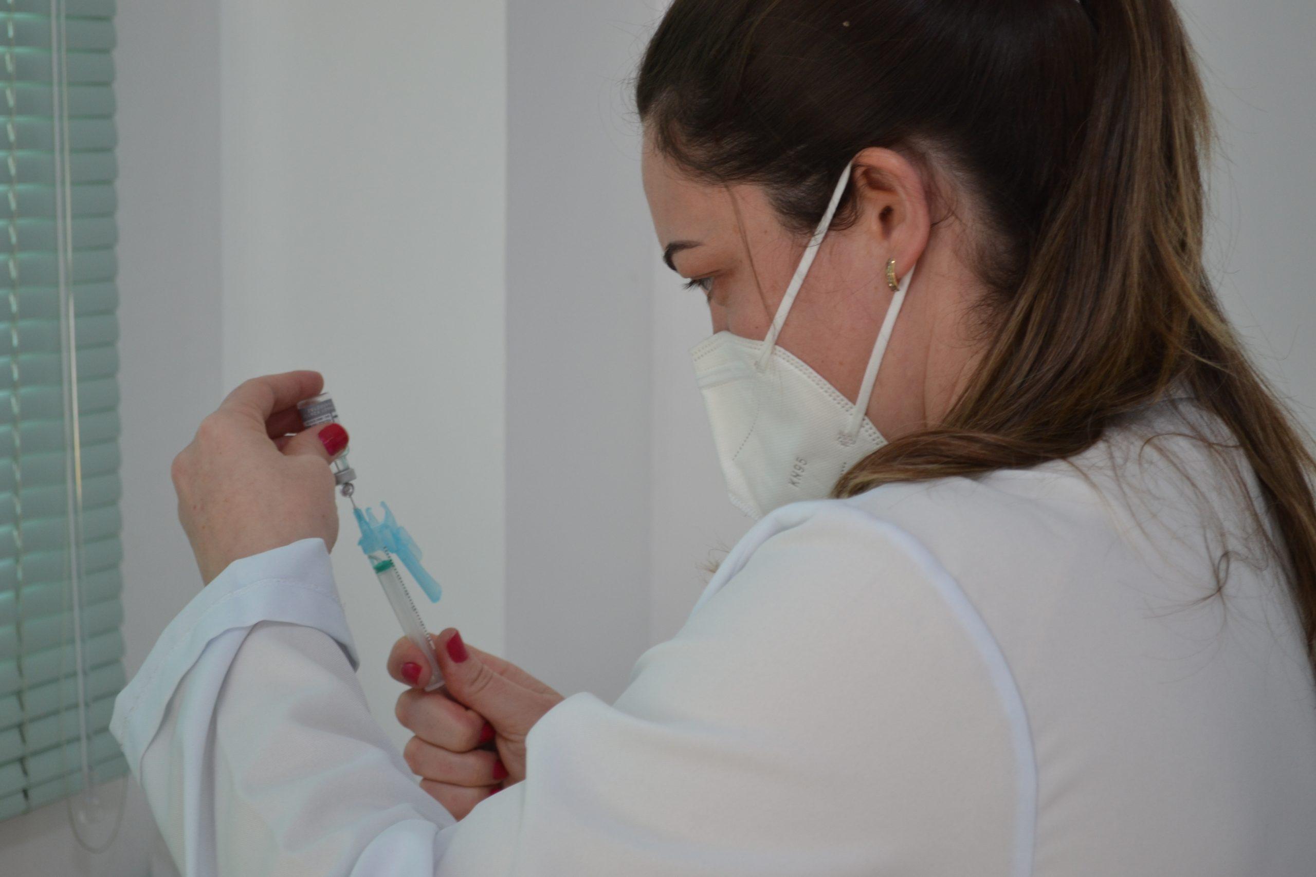 RS antecipa para 25 de agosto previsão de imunização contra Covid da população a partir de 18 anos