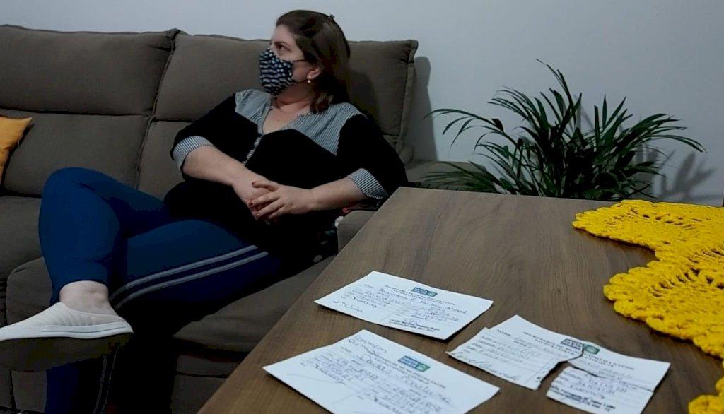 Mulher é vacinada três vezes em Santa Maria com tipos diferentes de imunizante