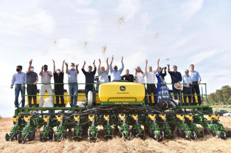 Vice-governador participa da abertura oficial do plantio da soja